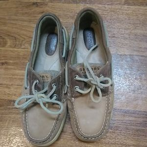 Sperry shoes size 6.5.